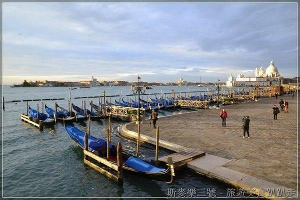 [義大利威尼斯] 第八天(鳳尾船 gondola、總督宮、聖馬可教堂廣場鐘樓、Bistrot de Venise、花神咖啡館) 20131113