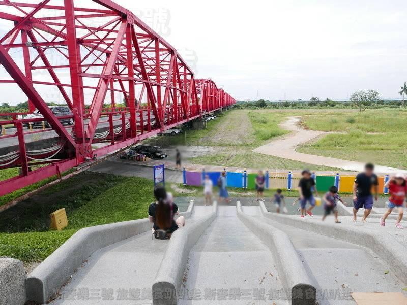 [雲林西螺] 高灘地景觀溜滑梯 西螺大橋旁 20190608